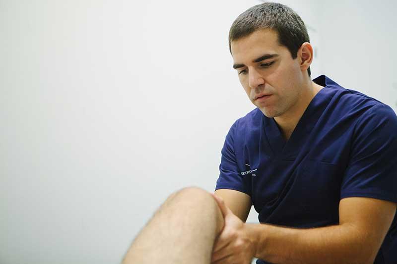 Servicio de fisioterapia de Metropol Salud, tu clínica en Sevilla y el Aljarafe